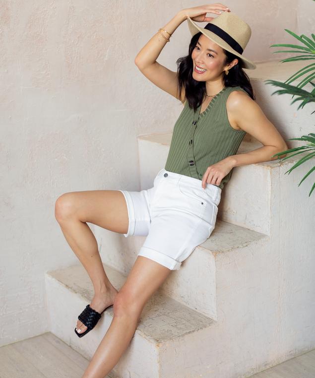 White Denim Short Look,