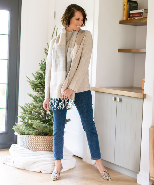 Sequined Sweater Look,