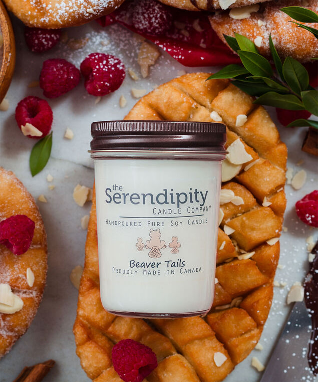 Beaver Tails Soy Candle, White