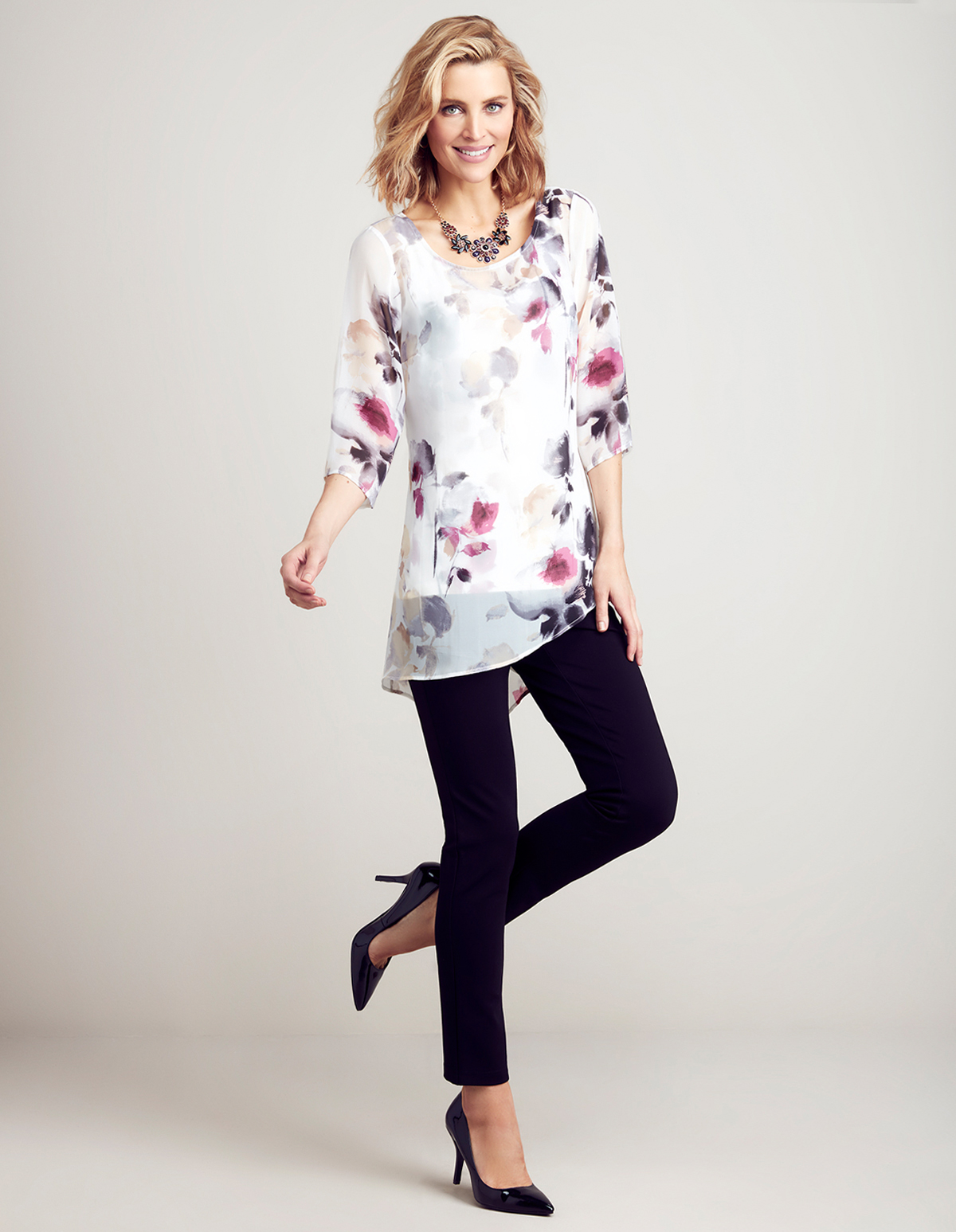 3372c1f550234 ... Floral Print Tunic Blouse with Cami